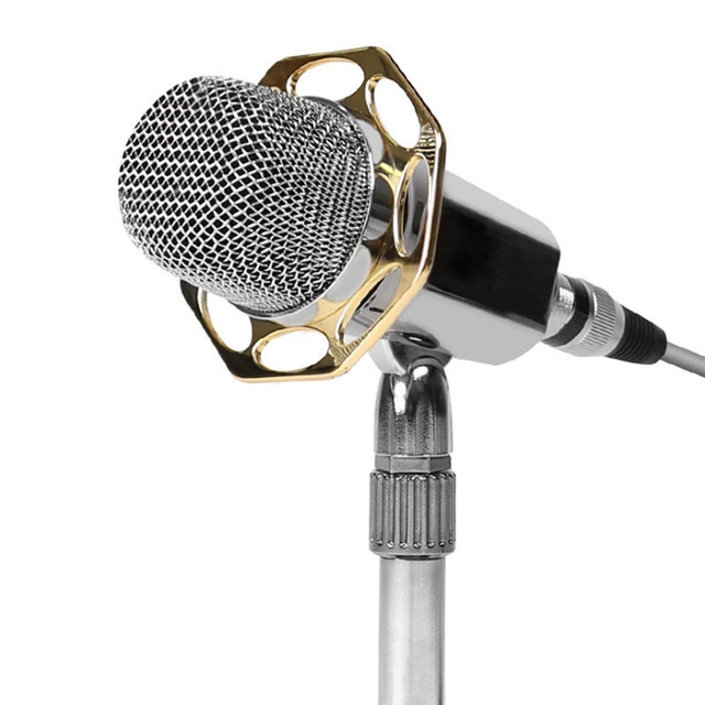 Hot Condenser Microphone Cardioid Pro Audio Studio Vocal Recording Mic KTV Karaoke+ Metal Shock Mic Stand With Sound Card Dec6