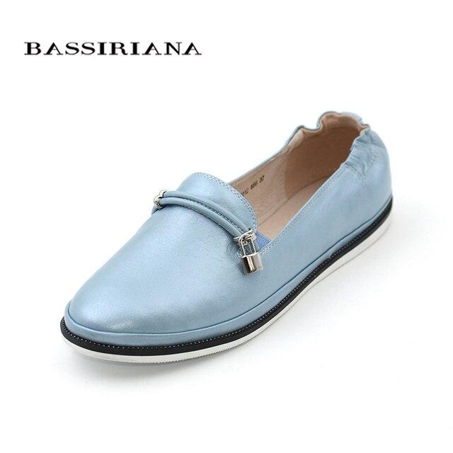 Обувь женская на плоской подошве Мягкая натуральная кожа Розовый Голубой Черный Удобные закрыте туфли Российские размеры Бесплатная доставка BASSIRIANA