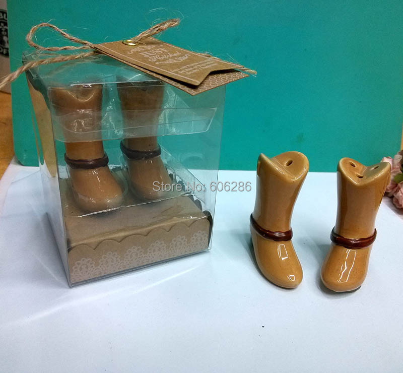 New Arrival!! 200pcs(100sets)/LOT Just Hitched Ceramic Cowboy Boot Salt and Pepper Shaker for Wedding Souvenirs
