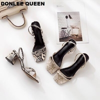 DONLEE QUEEN/сандалии с ремешком на лодыжке; женские босоножки из змеиной кожи на среднем каблуке; шлёпанцы; обувь для подиума; Zapatos De Mujer; модельны...