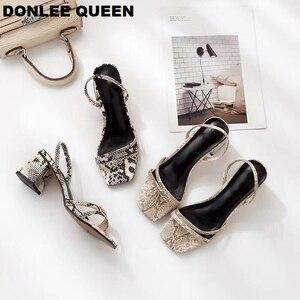 Image 1 - Donlee sandálias de rainha, envoltório para mulheres, salto médio, pele de cobra, chinelos vestido sapato