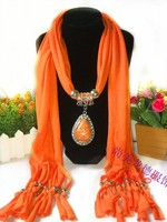 Hot Sale Women Winter DIY Europe Retro Flower Droplets Pendant Scarf With Tassel Rhinestone Charm Jewelry