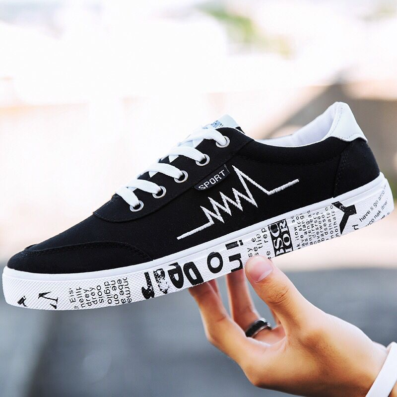 2018 New fashion All Black brand Men lace up walking shoes canvas shoes low top Male Boys casual flats sneakers Suelas shoes new arrival summer fashion men flats shoes all black white red casual shoes mens canvas shoes lace up high top shoes nn 14
