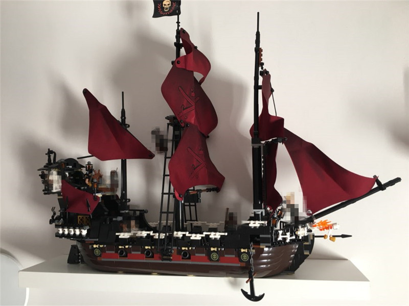 Classic Movie Series Queen Anne's Revenge Pirates of The Caribbean Building Block Set Compatible with Lepins Educational Toy kazi 608pcs pirates armada flagship building blocks brinquedos caribbean warship sets the black pearl compatible with bricks