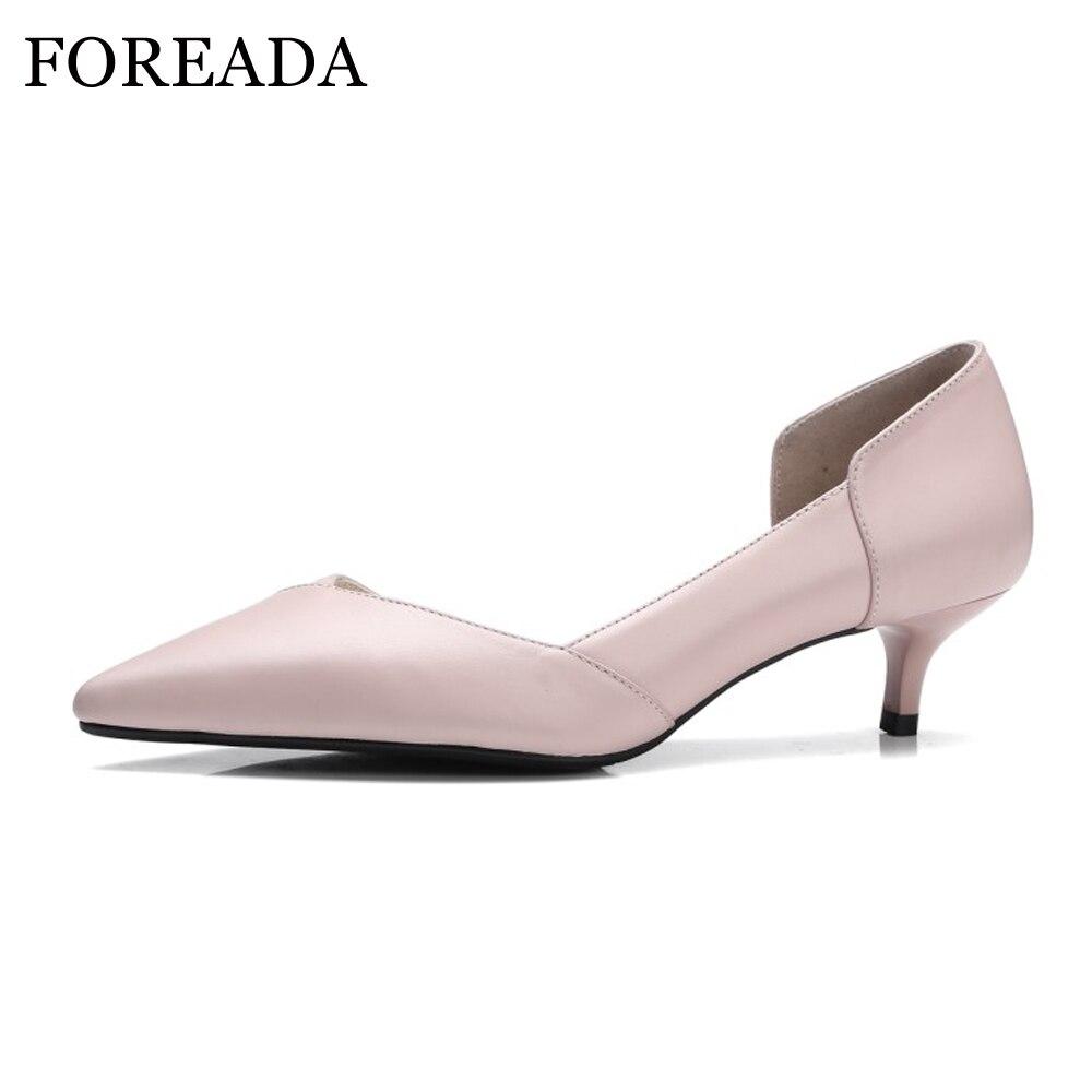 FOREADA Для женщин обувь из натуральной кожи 2018 Весна среднем Туфли на каблуке-рюмочке насосы острый носок офисные туфли женские розовый, бежев...