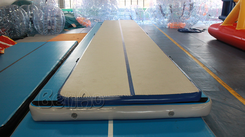 GA070 Free shipping 10M  33ft inflatable air track inflatable tumble track gymnastics inflatable air mat for gym free shipping 6 2m inflatable gym air track inflatable air track gymnastics