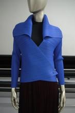 Miyake Pleated jacket short fashion body lapel thin long sleeve buckle coat FOLD COAT free shipping