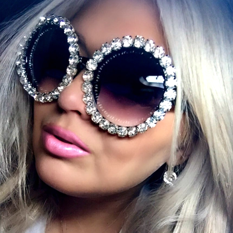 цена 17 design Oversized Sunglasses Women Luxury Rhinestones sunglasses round Men sun glasses shades for women oculos de sol feminino