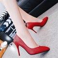 O envio gratuito de moda primavera das mulheres apontou toe-sapatos de salto alto saltos finos boca rasa fosco couro macio único sapatos