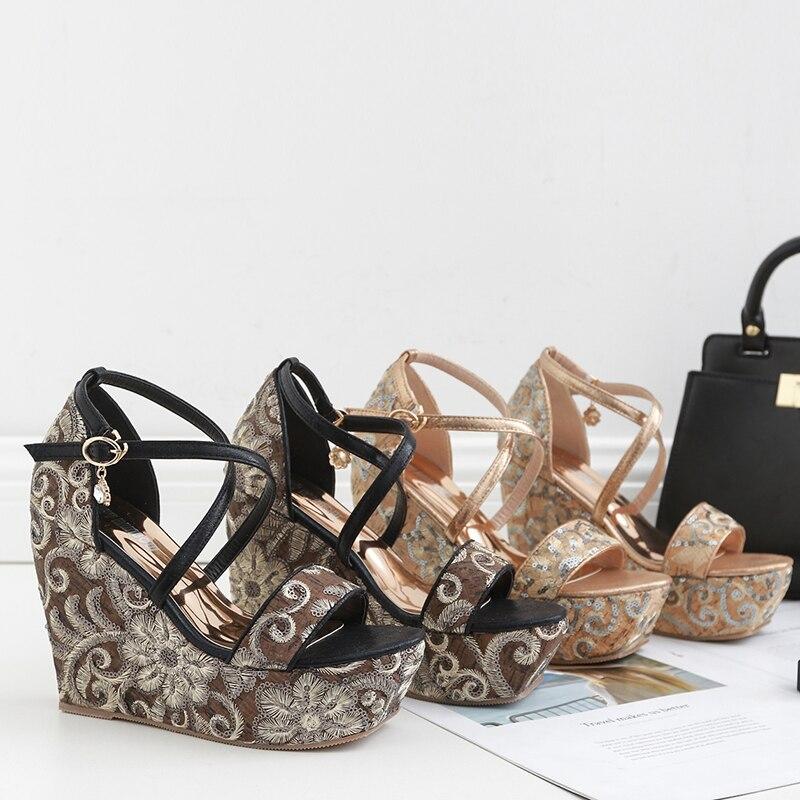 Women Shoes Luxury Glitter Bling Platform Heel Sandals Crystal Buckle Wedges Shoes Flower High Heels Slides Peep Toe Sandals