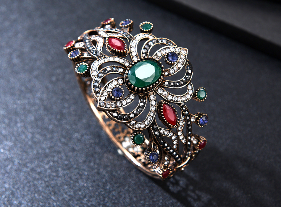 vintage-ruby-cuff-bangle-wide_03