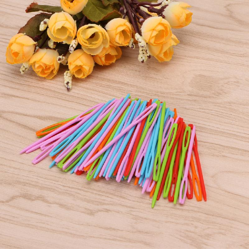 100Pcs Children Colorful Plastic 7cm Needles Tapestry Binca Sewing Wool Yarn DIY