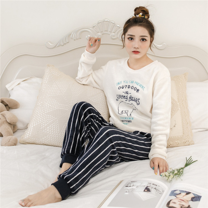 Pajamas     Sets   for Women 2018 Winter Fashion NightWear Leisure Home Cloth woman long Sleeve Flannel warm pyjama Girl Sleepwear   Set