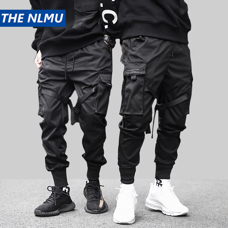 e3ced352155 Хип-хоп черные брюки-Карандаш мужские брюки карго уличная Мужская шаровары  с карманами джоггеры 2019 весенние модные мужские брюки с лентой .