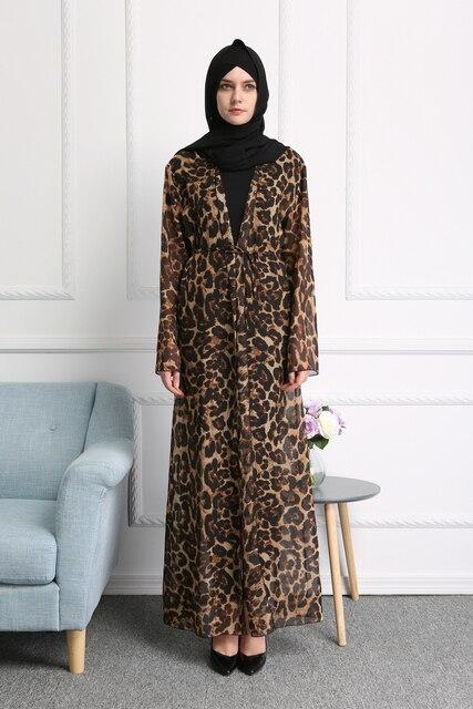 2018 Mode Femmes Musulmanes Robe Imprimé Léopard En Mousseline de Soie  Abaya Dubaï Turc Robes pour