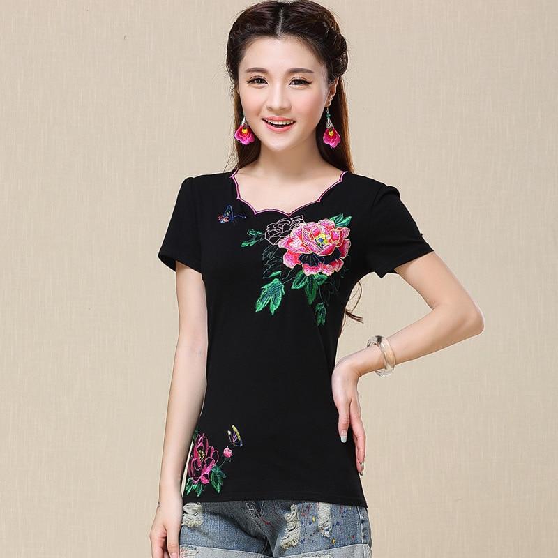 Estate delle donne di stile cinese tendenza nazionale del bicchierino-manicotto  del fiore del ricamo maglietta sottile camicia di base femminile più il ... 6634d09271b