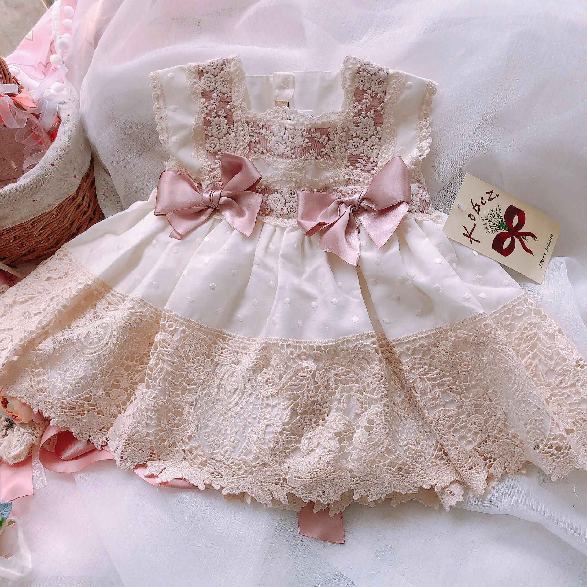2019new arrivées à la main filles espagnoles qualité robe en soie robe de mariée d'anniversaire famille robe de noël mère fille robe