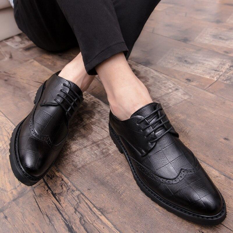 40ef727e55 Homens Vestido 2 Brogue Moda Oxfords Qualidade Sapatos De Britânico 1  Microfibra Para Formal Couro Alta ...