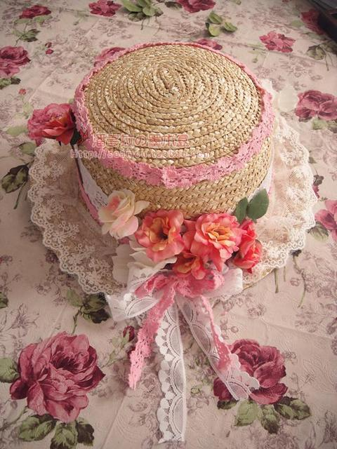 Princess sweet lolita sun hat The original manual handmade lovely hat Europe amorous style pink lace roses bud flat straw hat