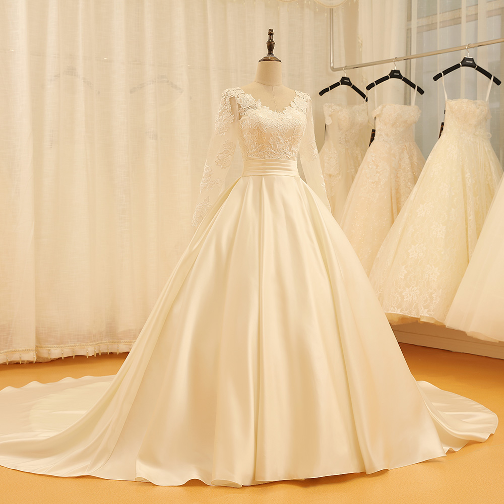 SL 523 Backless V Neck Illusion Full Sleeve Satin Lace Wedding Dress 2018-in Wedding Dresses from Weddings & Events    3