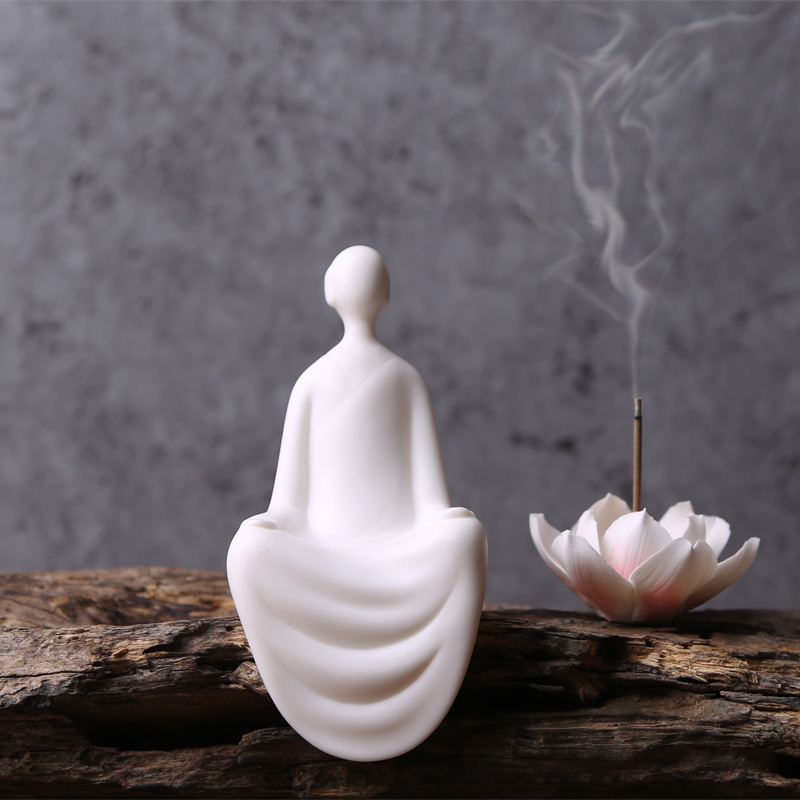 Chinese Zen Buddhism Buddha ceramic figures ornaments home decor crafts White Porcelain Tea pet figurines room Decorations