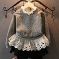 2015 nueva otoño invierno del remiendo del cordón de los niños encapuchados de la perla niñas de punto de onda manga larga camisa traje 2 ~ 7 age bebés pullover