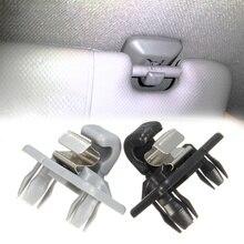 1pc Für Audi A1/A3/A4/A5/Q3/Q5 Auto Dach Sonnenblende Clip halter Haken Stehen auto haken Automotive interieur auto zubehör