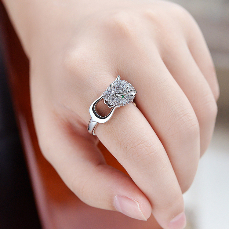 Top Quality New Fashion Mosaic AAA Zircon Crystal Silver Leopard Ring for Women Luxury Noble Jewelry
