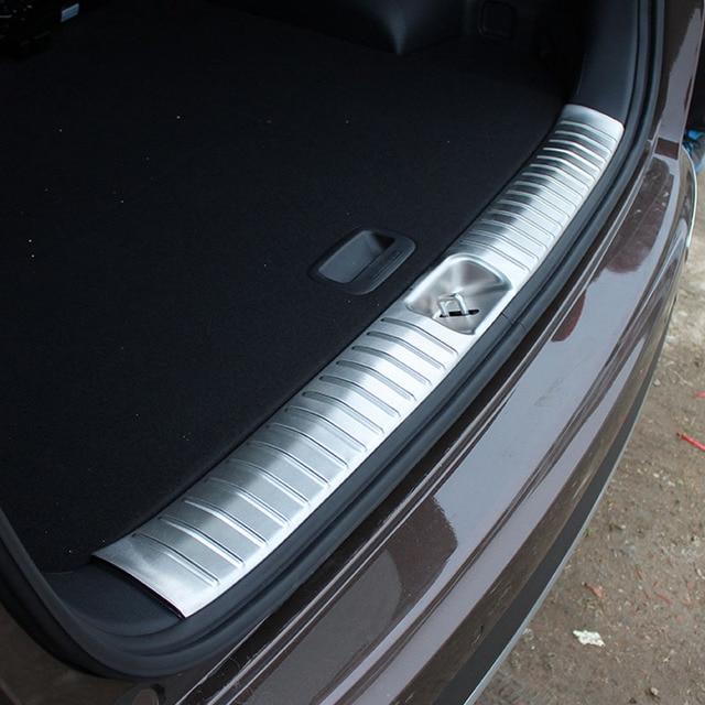 Trasero de acero inoxidable dentro de parachoques de la puerta placa de desgaste para Kia Sportage KX5 2016, 2017