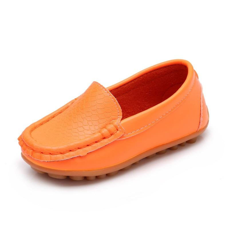Calçados infantis Meninos Da Criança Mocassins de Couro PU Anti-Slip  Sapatos Sapatas Da Escola 6274c25cc32