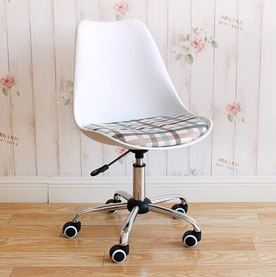 Household modern simple office chair fashion student desk writing chair.. small computer chair the household contracted student chair desk chair is small 009