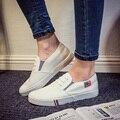 2017 Primavera Moda de Nueva Marca Mujer Zapatilla Transpirable Mujeres Blancas Zapatos de Lona Del Pedal Femeninos Zapatos Casual Slip on Pisos de Verano