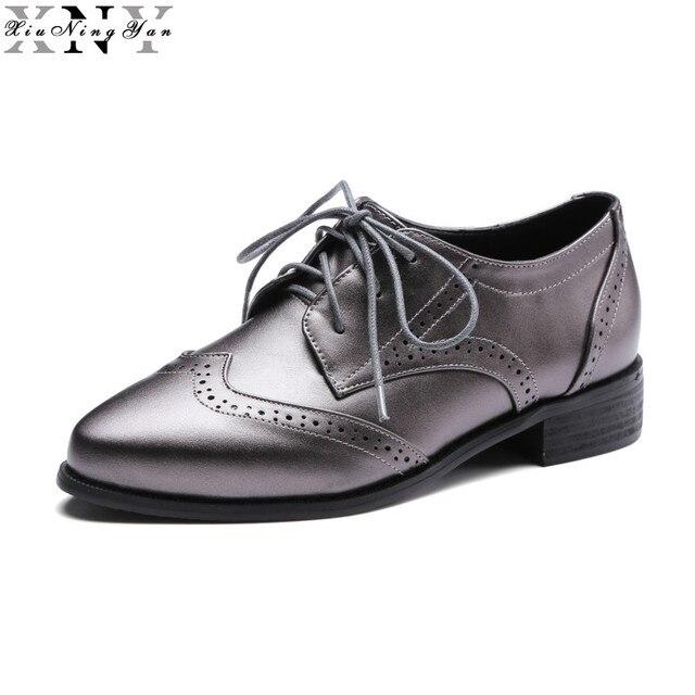 Mulheres Apartamentos Sapatos Oxford Tamanho Grande Couro de Patente Plana Do Vintage sapatos Dedo Do Pé Redondo Artesanal Preto 2017 Sapatos Oxfords para As Mulheres 8/15