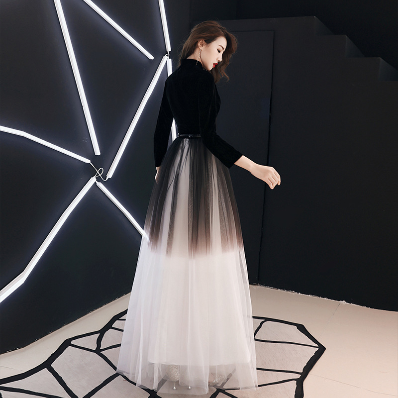 It 39 s YiiYa Evening Dress Black Gradient Color Long Formal Gown Three Quater Sleeve V neck Fashion Party Gown E012 in Evening Dresses from Weddings amp Events
