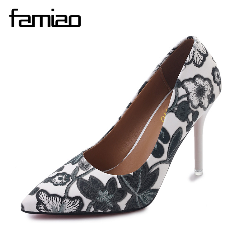 FAMIAO 2017 Women Extreme Pumps Shoes Embroidery High Heels Stiletto Flower Sexy Party Shoes Thin Heel Pointed Toe