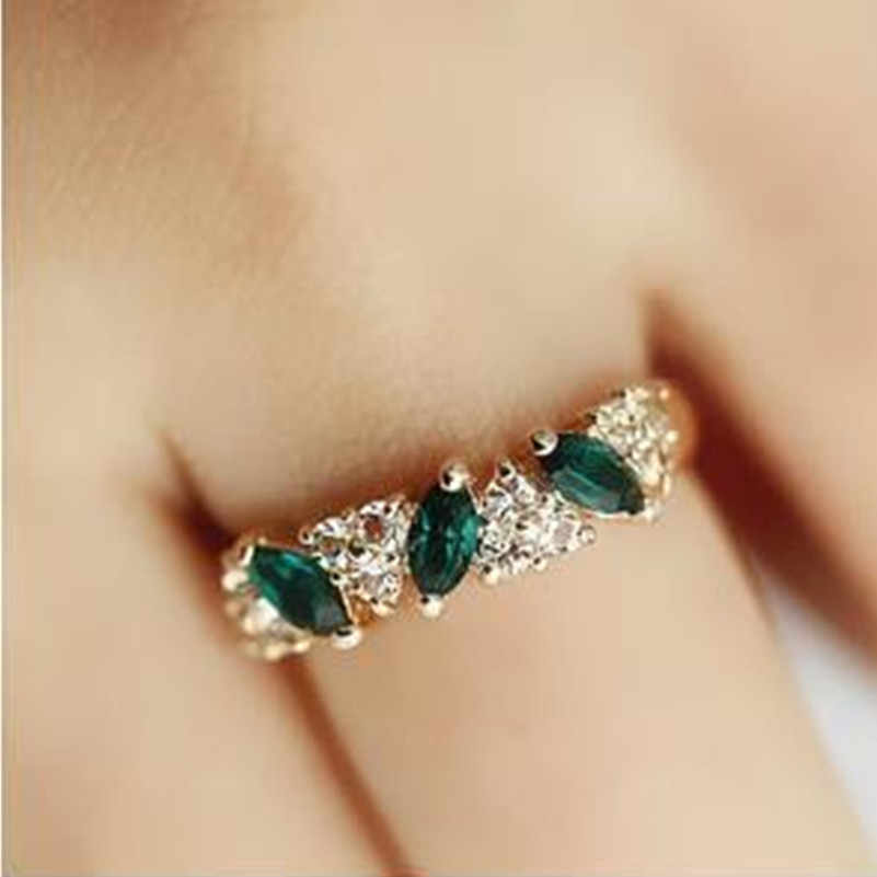 Fashion Vintage Crystal Ring Sweet Rhinestone Ring Gift for Women