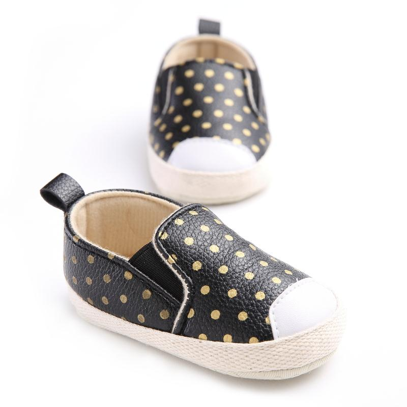 Toddler Baby Girls Soft Shoes PU Leather Baby Moccasins Gold Dot Girls First Walker 9042