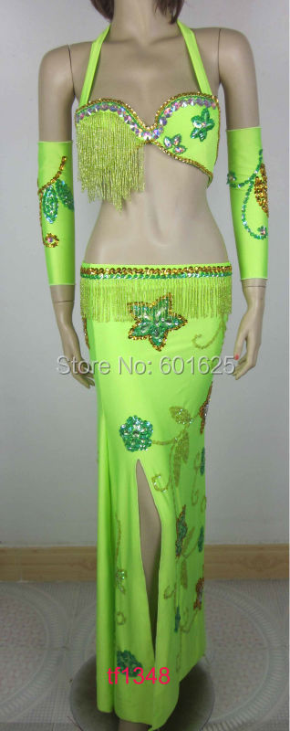 En gros nouveau design ensemble de costume de danse du ventre (soutien-gorge + jupe + gant) ensemble de 4 pièces, accepter n'importe quelle taille