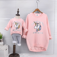 Mother Daughter Velvet Sweatshirts 2018 Winter Family Matching Thick Clothes Outwear Mom And Daughter Unicorn Print Clothes Tops