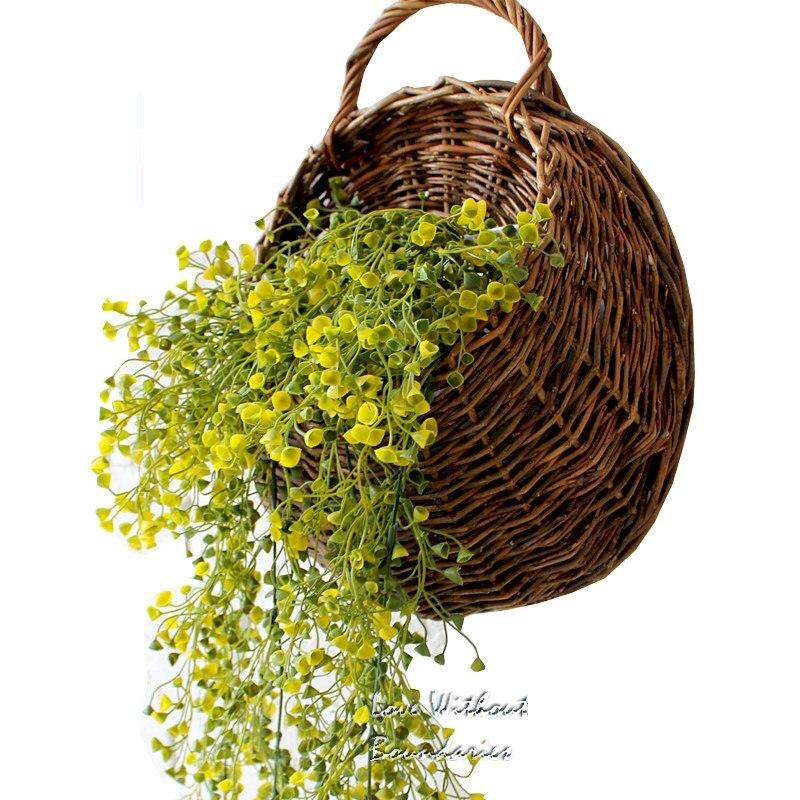 Flores de simulação Planta de plástico com cesta de vime para - Para feriados e festas