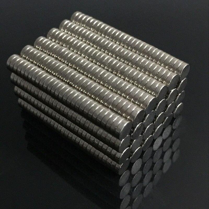 200/100 unids a granel pequeña ronda de NdFeB imán de neodimio imanes de disco Dia 4mm x 1mm N35 súper poderoso fuerte raro tierra imán de NdFeB