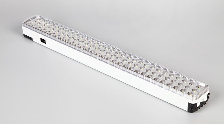 90LED mettre en évidence les lumières extérieures d'éclairage de charge de maison de secours d'incendie