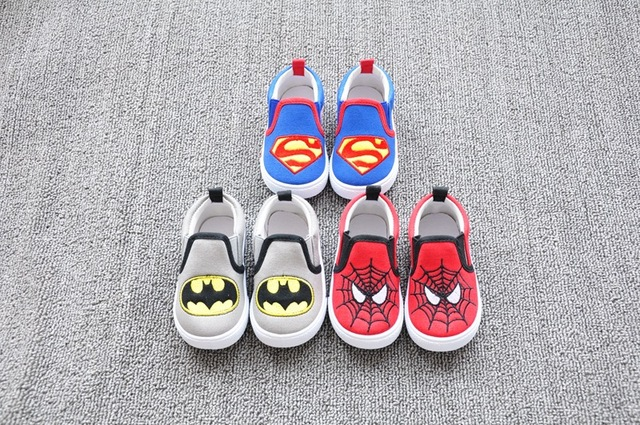 2017 New Baby Bebe Boys Kids ToddlerInfant Superman Spiderman Batman Casual Shoes Trainers Sapatos Sports Shoes Hot Sneakers