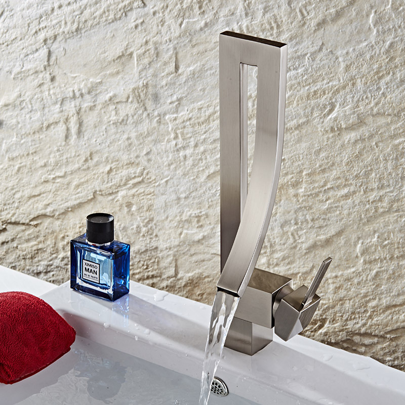 Comprar Dibujo grifo concepto de moda tipo puckering líder del agua fría y caliente de Cuencas de grifo fiable proveedores en Good quelity Store