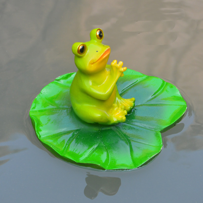 Stsatuette For Outdoor Ponds: Cute Resin Floating Cartoon Funny Frogs Statue Outdoor