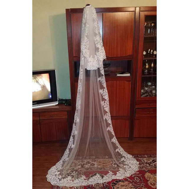 Delicate One Tiers Cathedral Length Wedding Veils Lace Edge Bridal Veil With Comb Wedding Accessories With Short Blusher