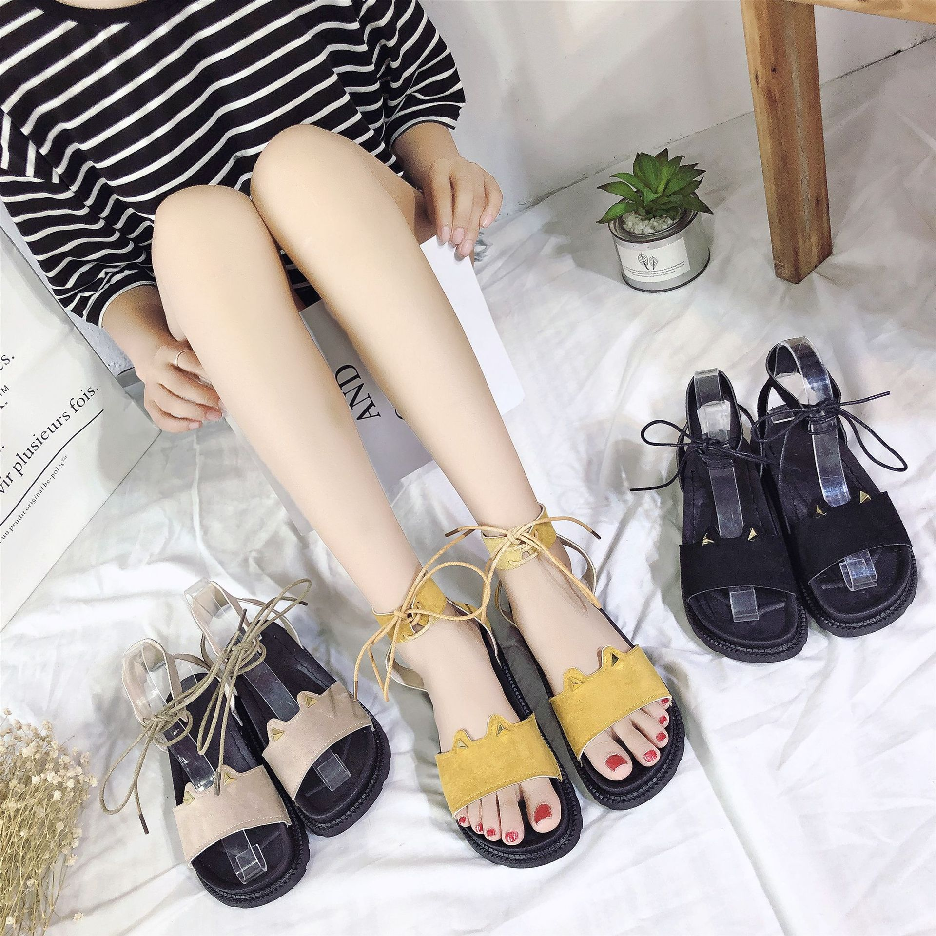 2019 summer new foot ring straps muffin with ladies sandals students flat casual open toe sandals(China)