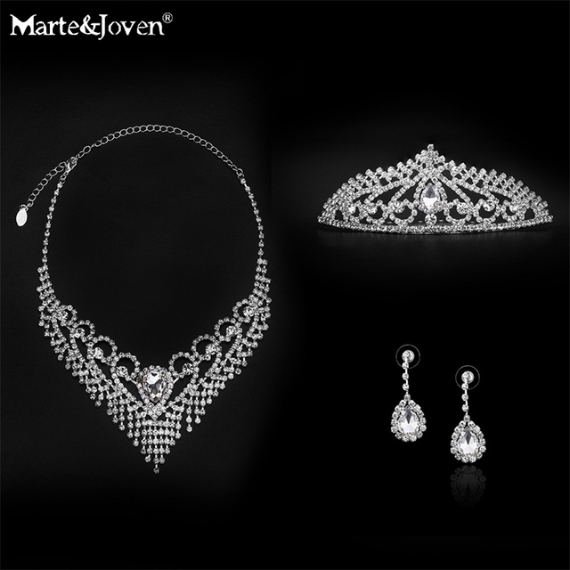 [Marte&Joven] Exquisite Gift Box Crystal Bridal Jewelry Sets Silver Plated Statement Necklace/Earrings/Tiaras Wedding Jewelry