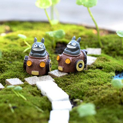 mini totoro quitation conduite voiture ornements f e miniature nain de jardin mousse de bureau. Black Bedroom Furniture Sets. Home Design Ideas
