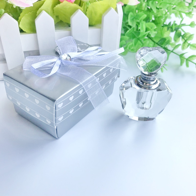 10pcs Lot FREE SHIPPING Choice Crystal Perfume Bottle Wedding Favors Crystal Scent bottle Party Giveaways